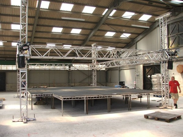 15m x 12m james thomas super truss roof