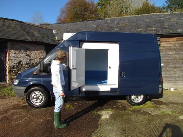 Flexible Freezer and Chiller Van for sale