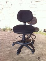 Low position office chair