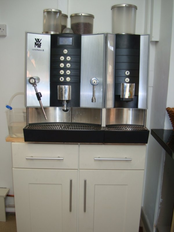 secondhand catering equipment bean to cup coffee machines. Black Bedroom Furniture Sets. Home Design Ideas