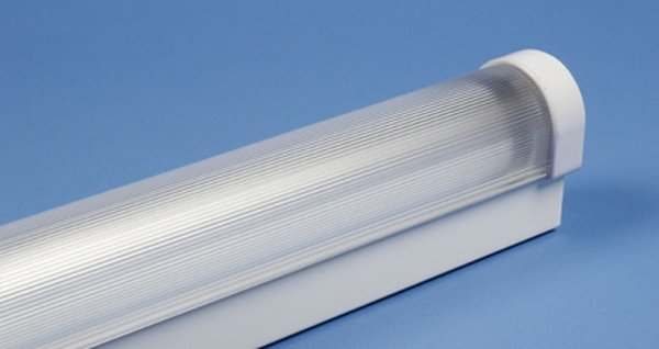 Batten Fluorescent Lamps with Diffuser