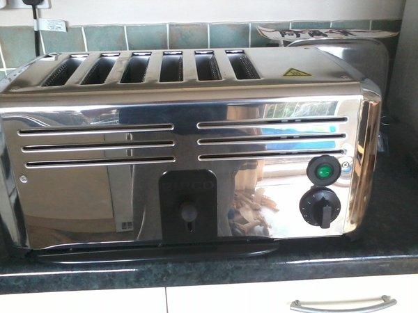 Burco 6 slot Toaster
