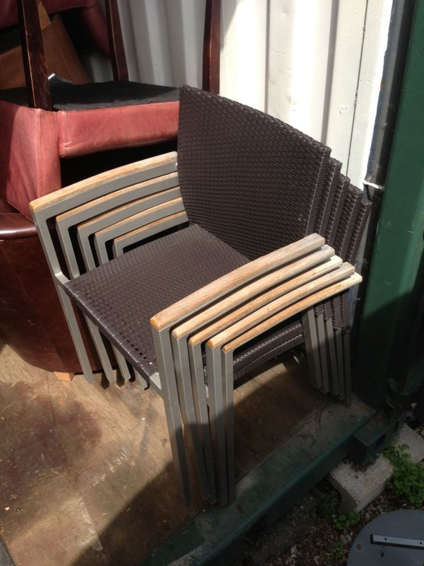 4 wicker chairs