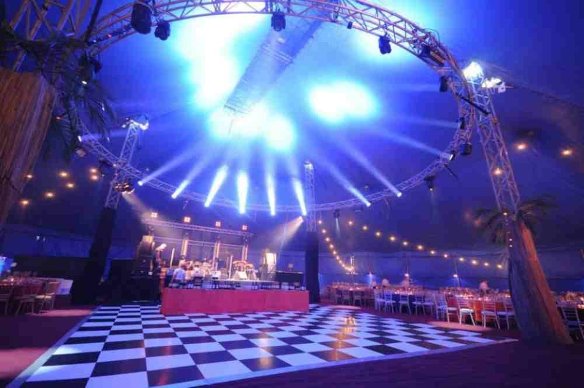 Large Space Circus tent for sale ... & Curlew - SecondHand Marquees | Big Tops and Circus Tents | 38m ...