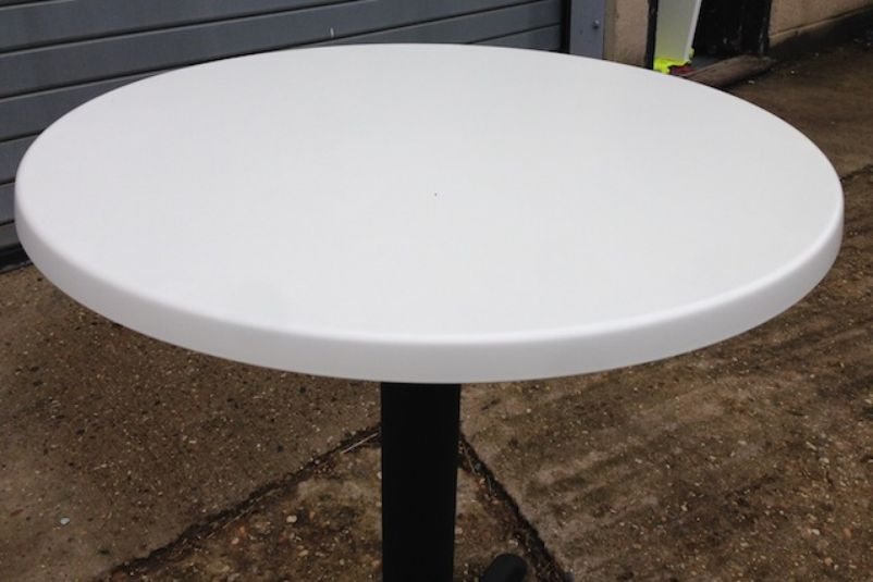 Chairs And Tables Cafe Or Bistro Chairs Werzalit White Table Tops