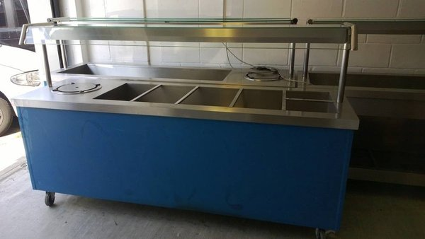 Heated carvery serving unit with bain maries