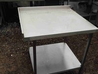 Stainless steel corner table with shelf