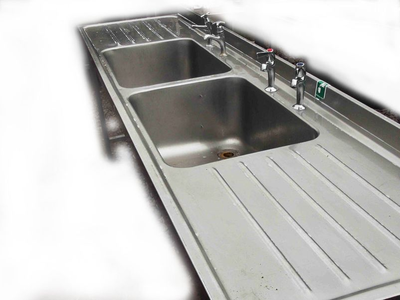 Pub Equipment Sinks and Dishwashers Stainless Steel Double sink ...
