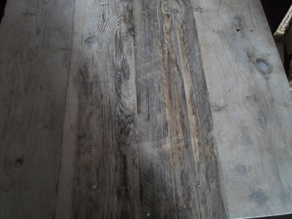 Distressed Scaffold Plank Tops