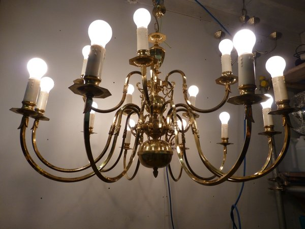15 arm Chandelier