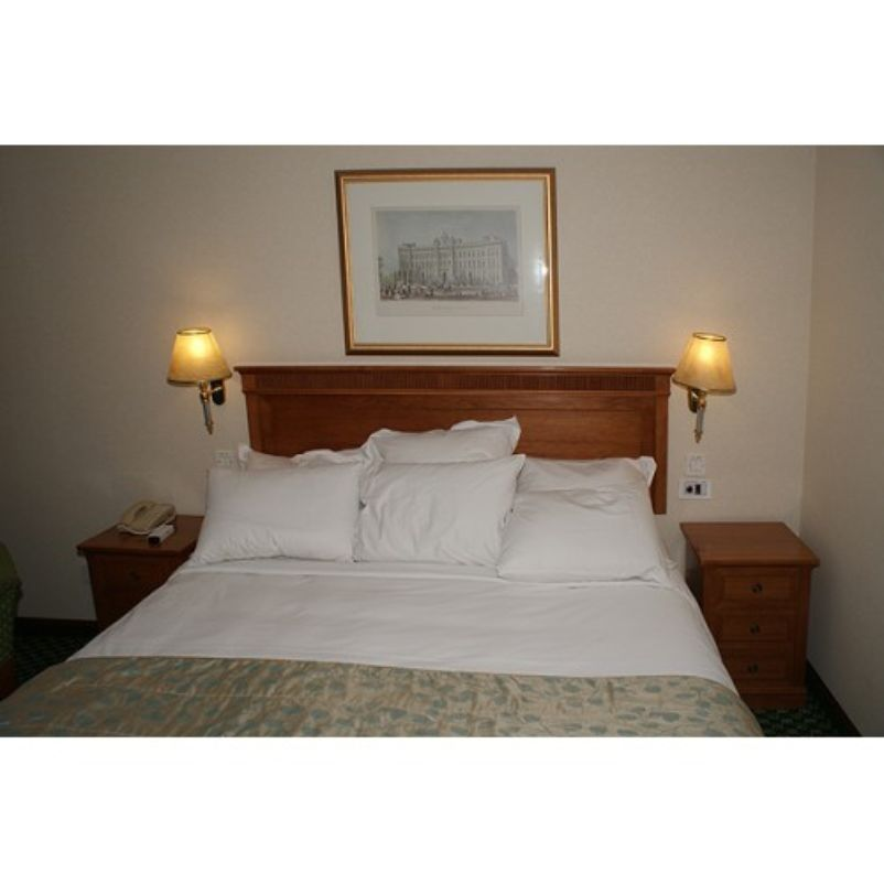 Secondhand Hotel Furniture