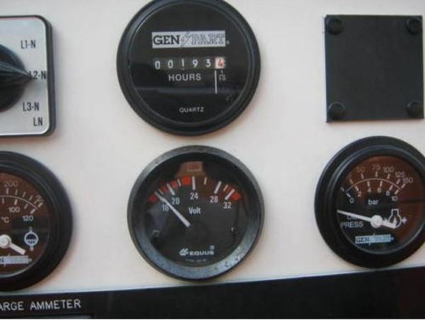 Perkins Engine Diesel Generator dials
