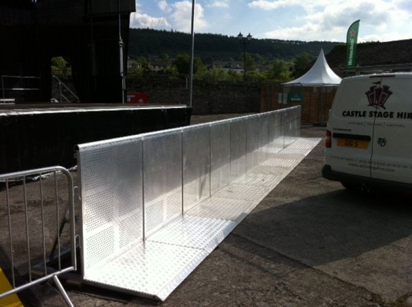 15 Aluminium Mojo type barriers for sale