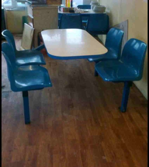 Secondhand Chairs And Tables Fixed Tables And Chairs