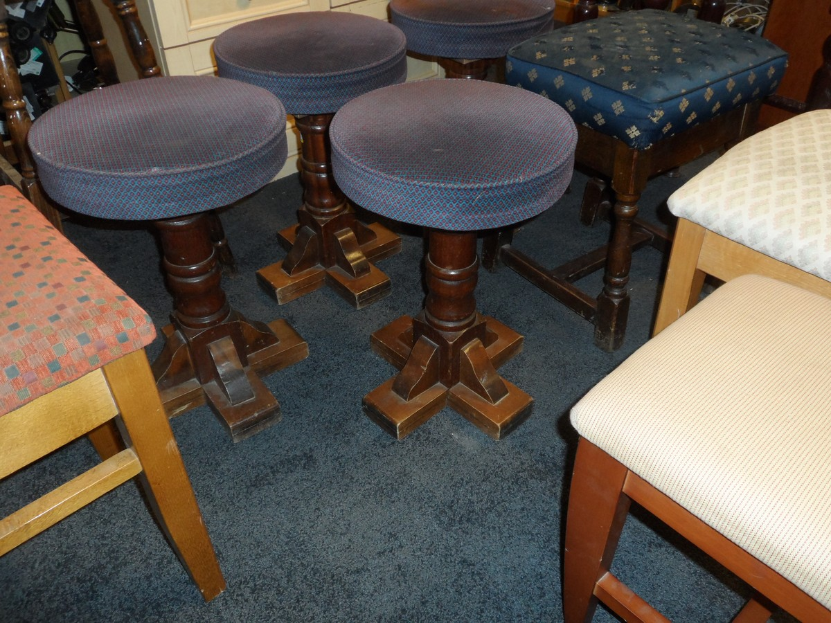 Secondhand Hotel Furniture Lounge And Bar Selection Of Stools Code Ch301 Sussex