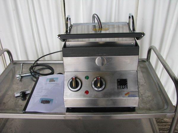 Panini grill model SE300