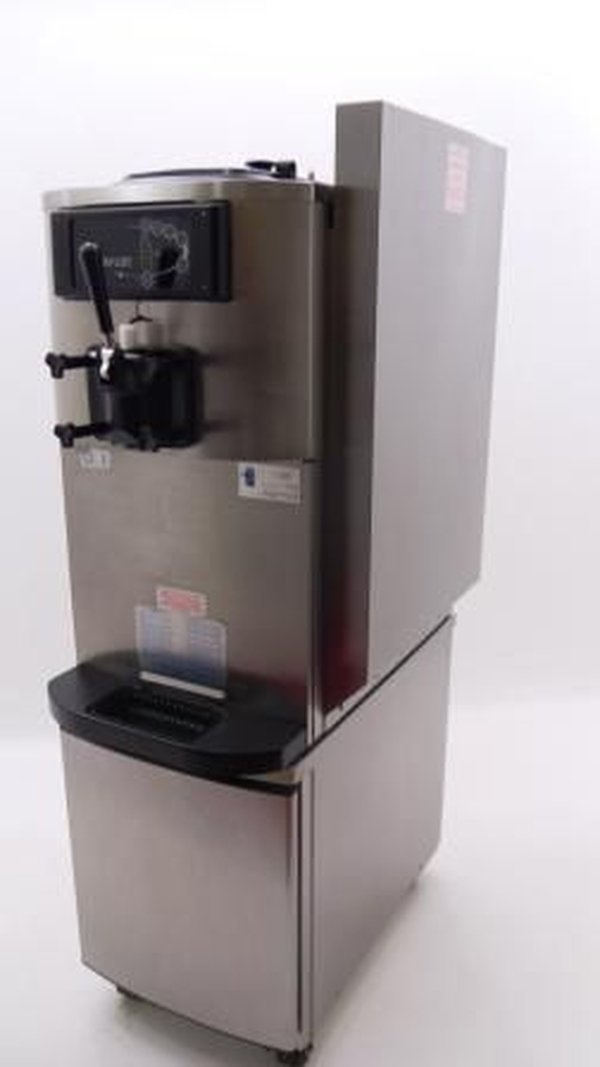 Taylors Soft Serve Ice Cream Machine Model c708-40