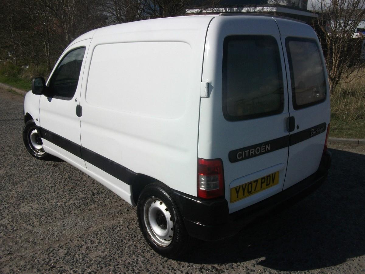 secondhand lorries and vans car derived vans citroen berlingo 600 hdi enterprise 75 van. Black Bedroom Furniture Sets. Home Design Ideas