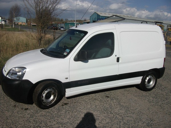 BUY 2007 Citroen Berlingo