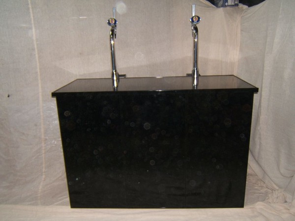 Collapsible Mobile Bar Unit with hand pumps