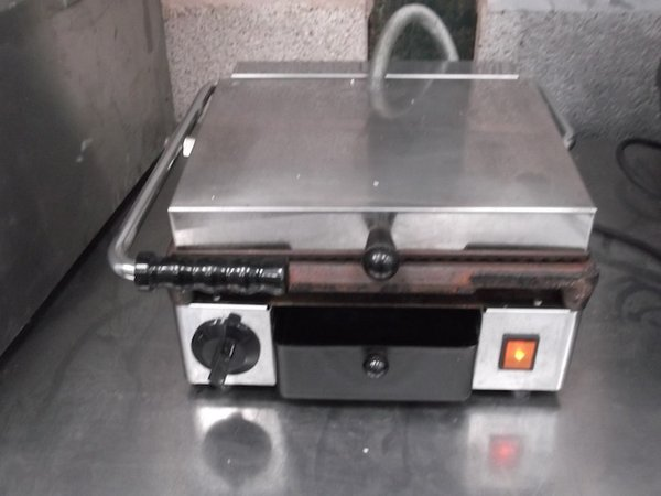 Panini Contact Grill	(2253)