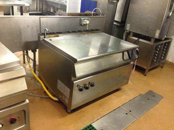 Secondhand Catering Equipment Bratt Pans