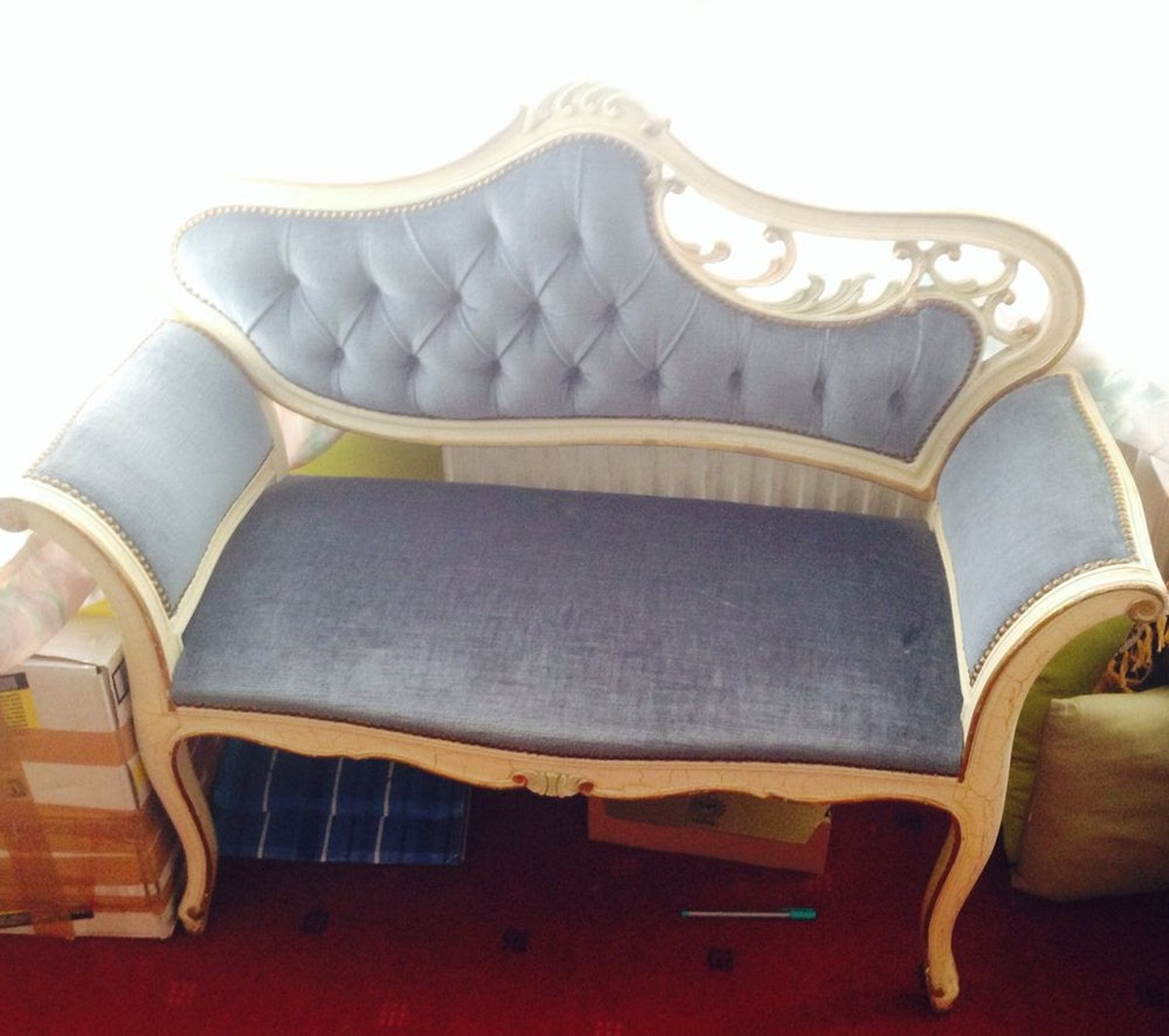 Secondhand prop shop lounge furniture vintage chaise for Chaise for sale