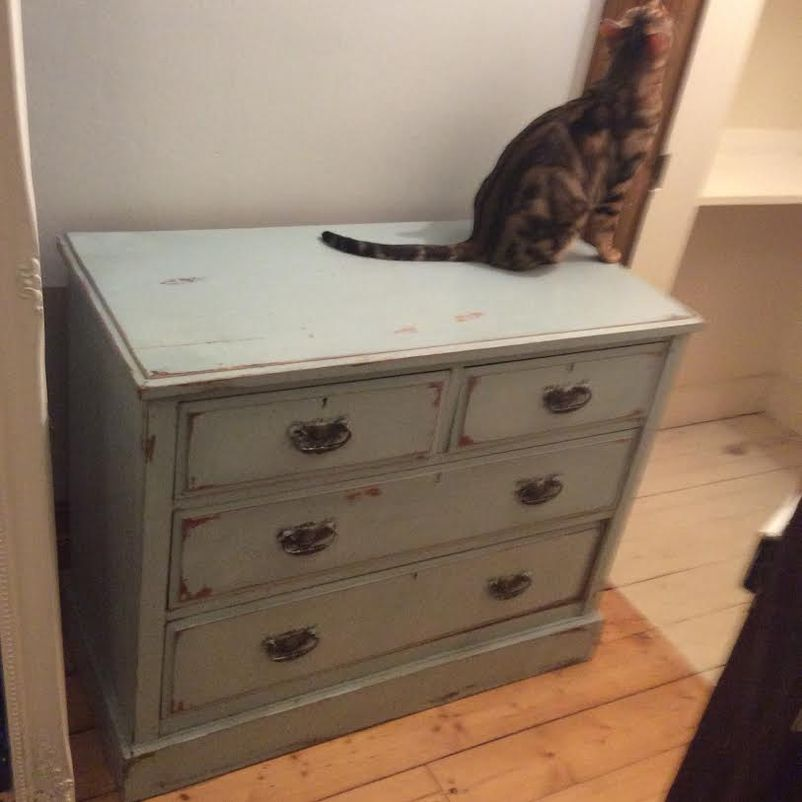 secondhand vintage and reclaimed chest of drawers two french shabby chic chest of drawers. Black Bedroom Furniture Sets. Home Design Ideas