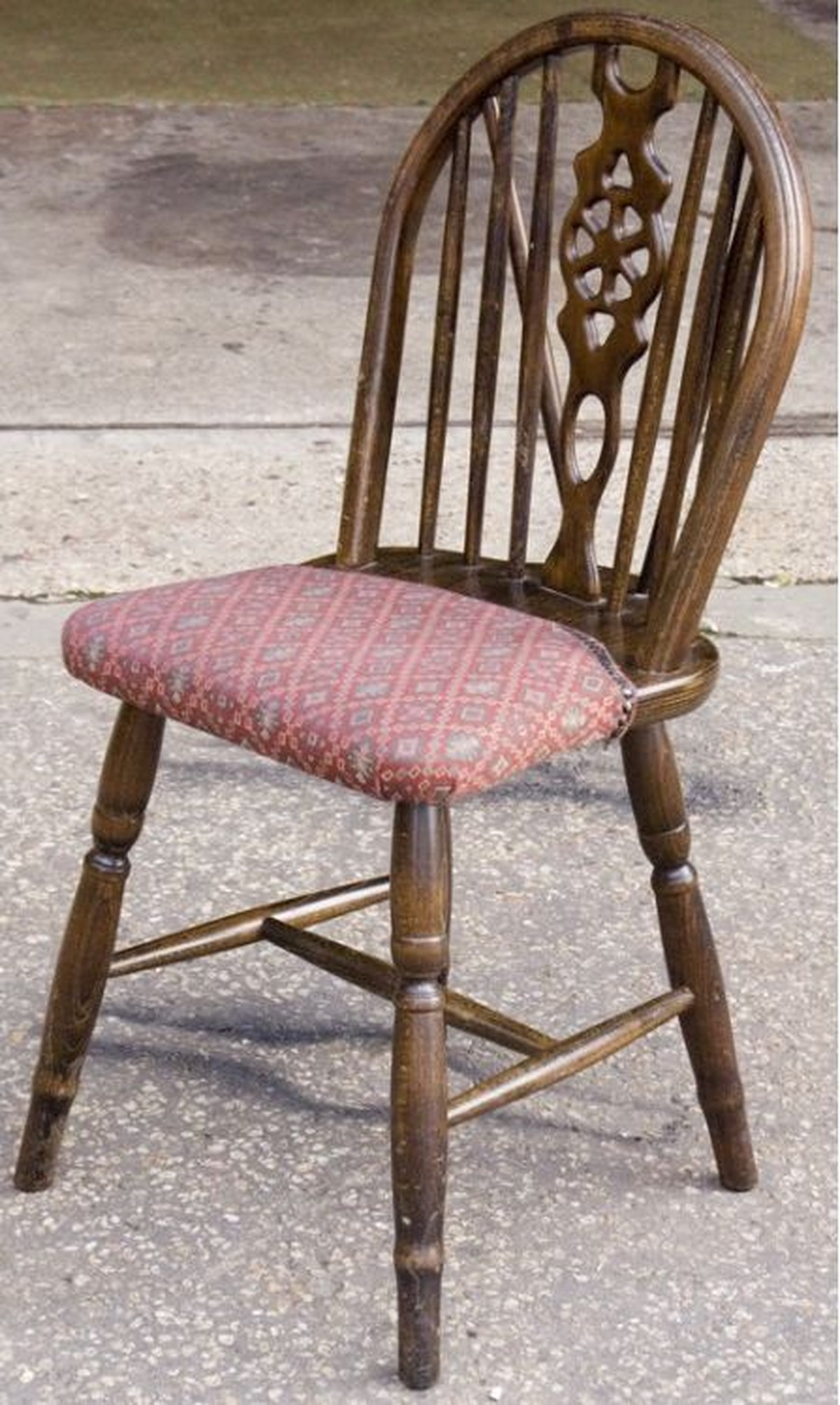 Secondhand Chairs and TablesMayfair Furniture Clearance