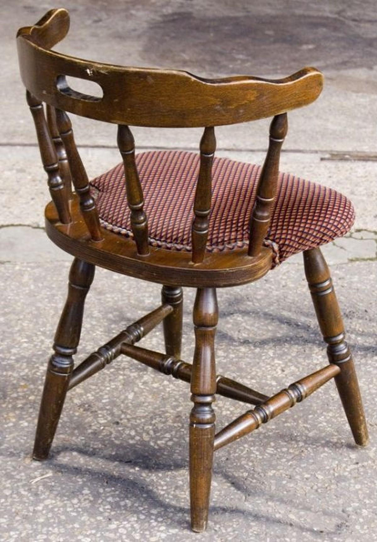 Secondhand Pub Equipment Chairs