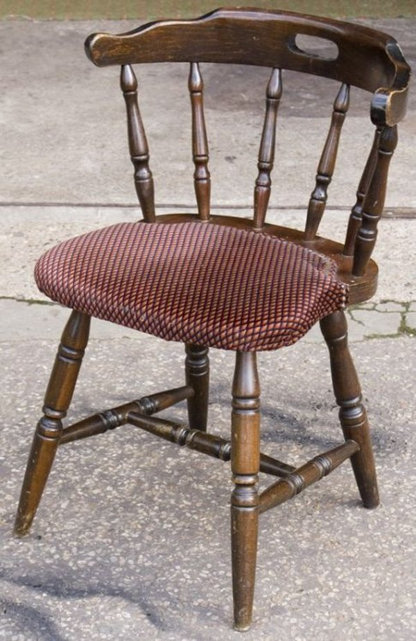 Secondhand Chairs and Tables