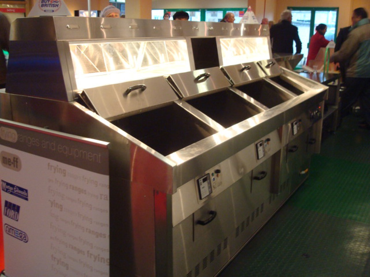Secondhand catering equipment fish and chip shop for 2nd hand beauty salon equipment