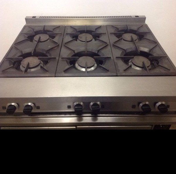 Falcon Dominator Natural Gas 6 Burner with Convectional Oven