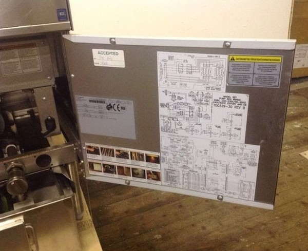 Selling Pitco Frialator 3 phase fryer