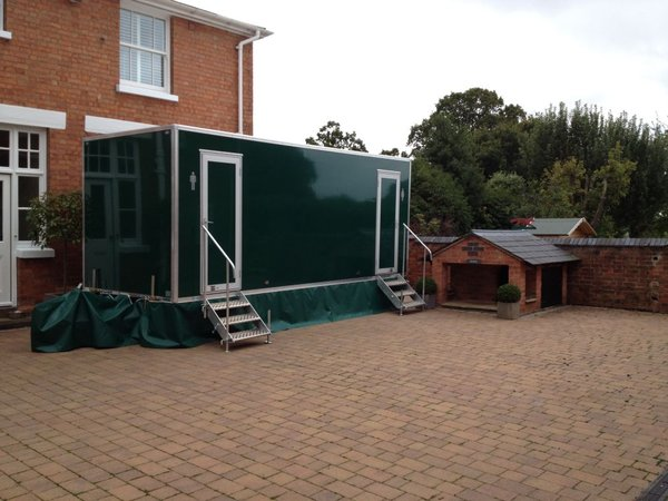 3+1 toilet trailer