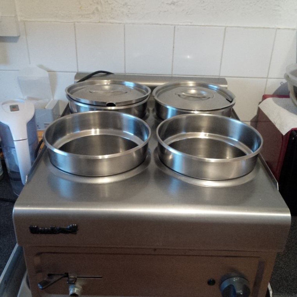 Secondhand catering equipment bain marie four pot wet for Cuisson four bain marie