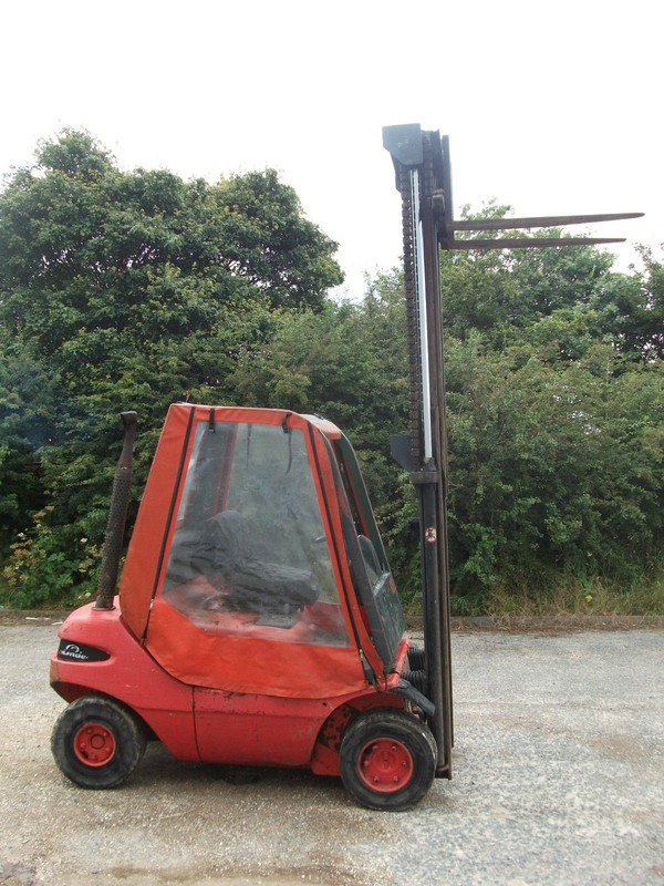 Buy Linde H25 Fork Lift