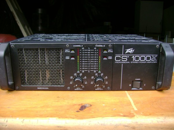 1x Peavey Amp CS1000x - Durham 3