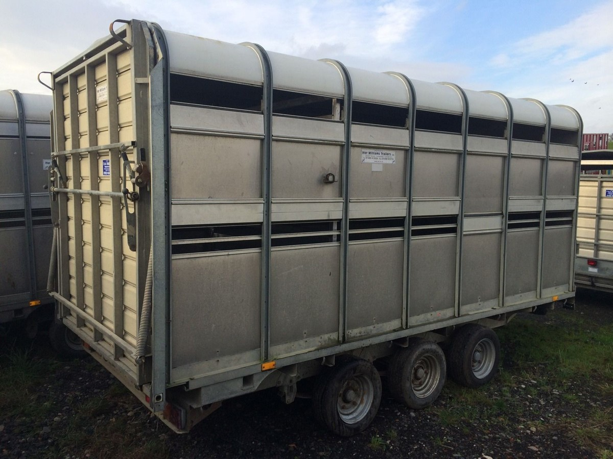 secondhand trailers ifor williams trailers ifor williams dp120 14ft tri axle livestock. Black Bedroom Furniture Sets. Home Design Ideas