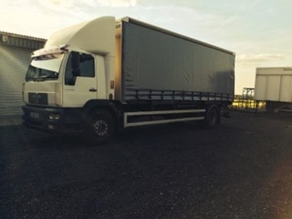 MAN Day Cab Curtain side Lorry