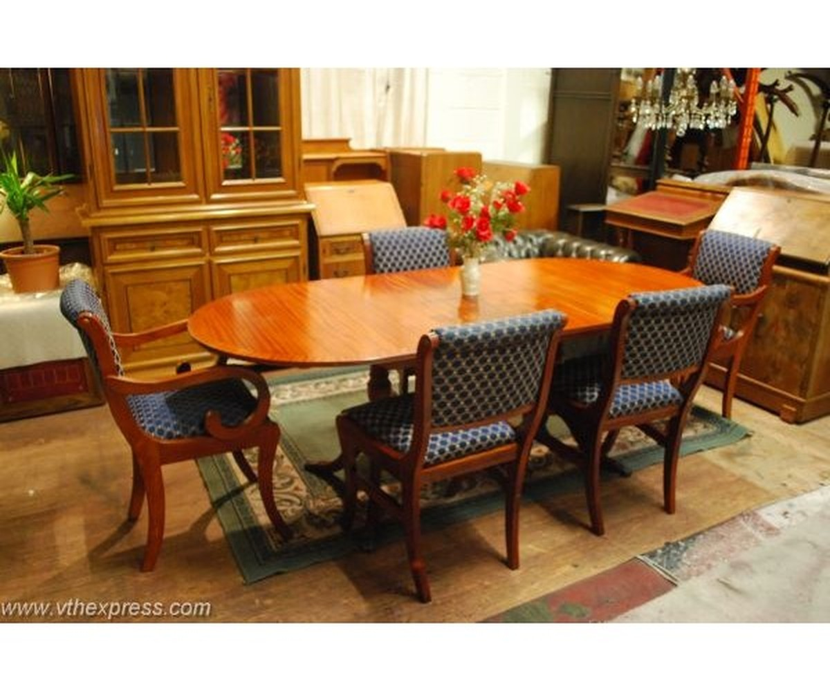Beautiful Mahogany Georgian Dining Table ...