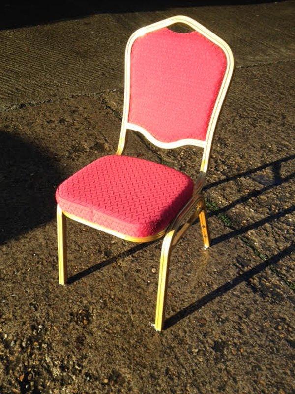 150 Red Aluminium Frame Banquet Chairs