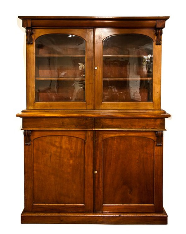 Victorian Bookcase in Walnut c.1880