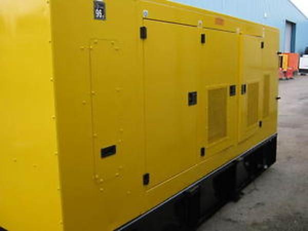 Selling Super Slient Diesel Caterpilar Generator