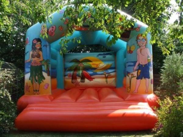 Hawaii themed bouncy castle