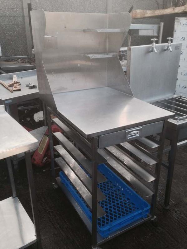 650mm prep table with backsplash