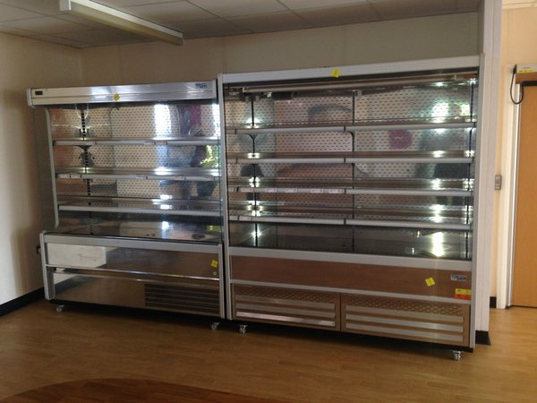 Multi deck display fridge