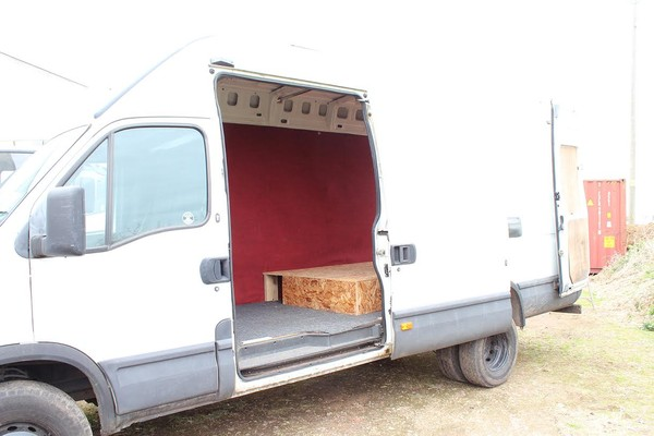 LWB Van with sliding side door