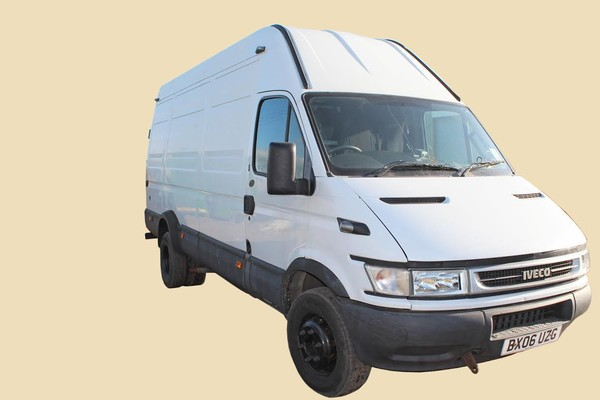White Iveco Daily Van