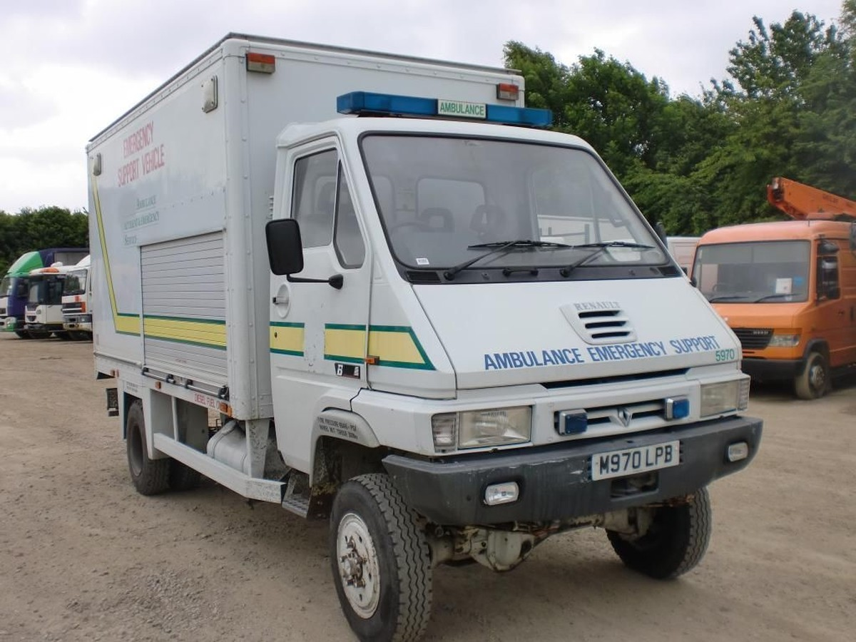 Secondhand Lorries and Vans | 4 x 4 and Off Road | Renault ...